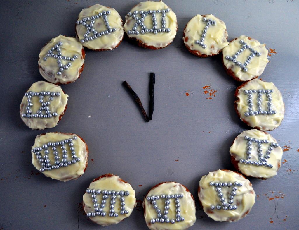Gulrotmuffins i nyttårsdrakt