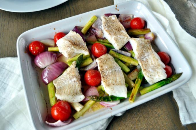 Ovnsbakt torsk med asparges