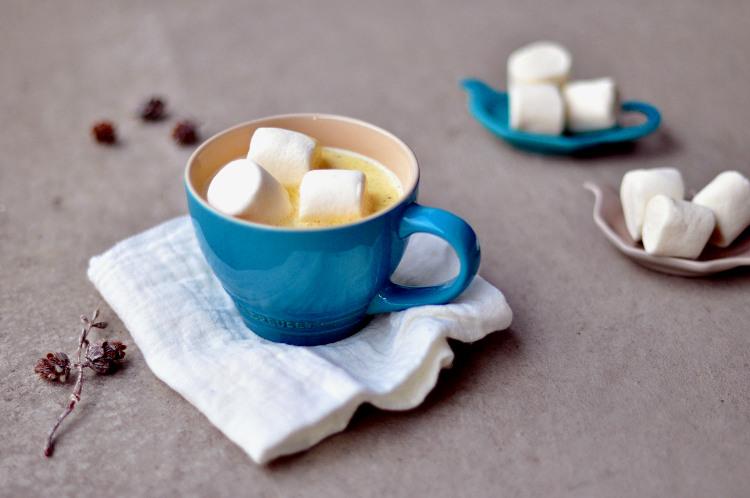 Varm hvit sjokolade