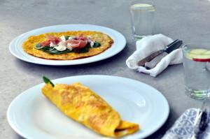 Omelettwraps med spekeskinke, kremost og spinat
