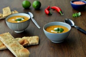 Spicy gulrot- og linsesuppe med kokosmelk