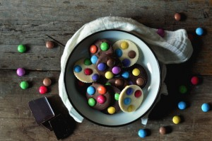 Sjokoladepletter med smarties