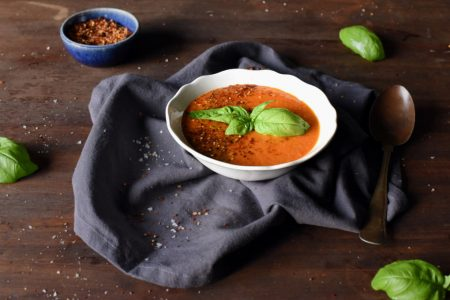 Spicy tomatsuppe