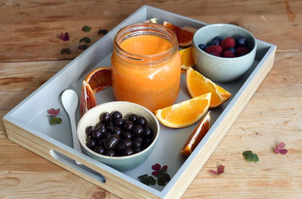 Appelsin- og gulrotjuice med ingefær