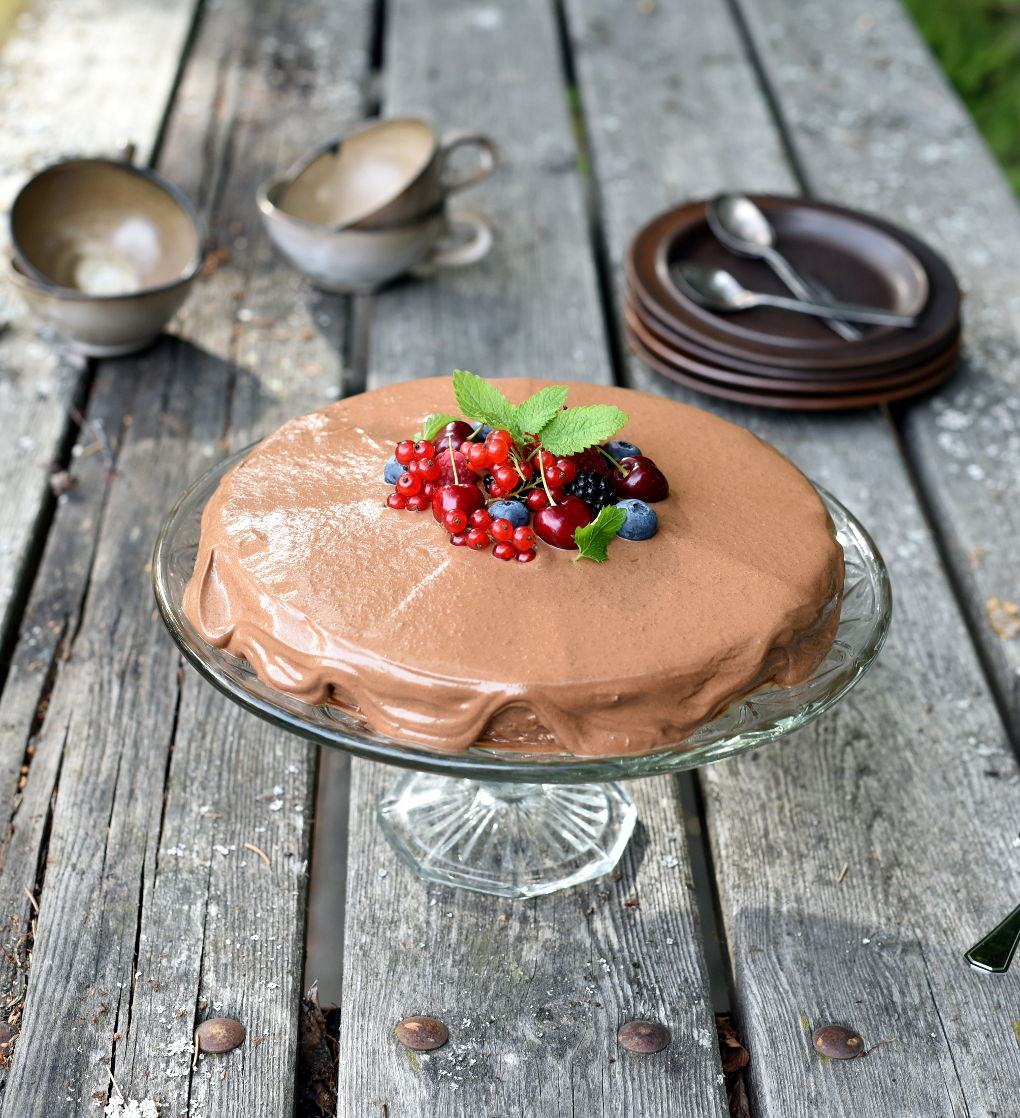 Farmors nøttekake med sjokoladetrekk