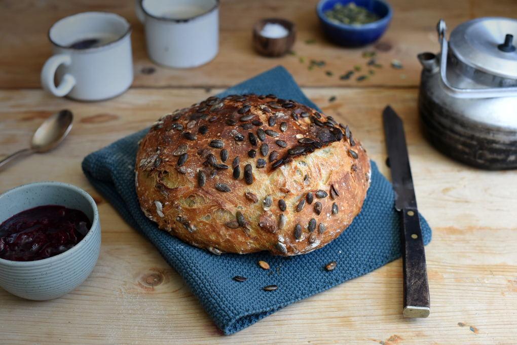 Fint eltefritt grytebrød med gresskarkjerner